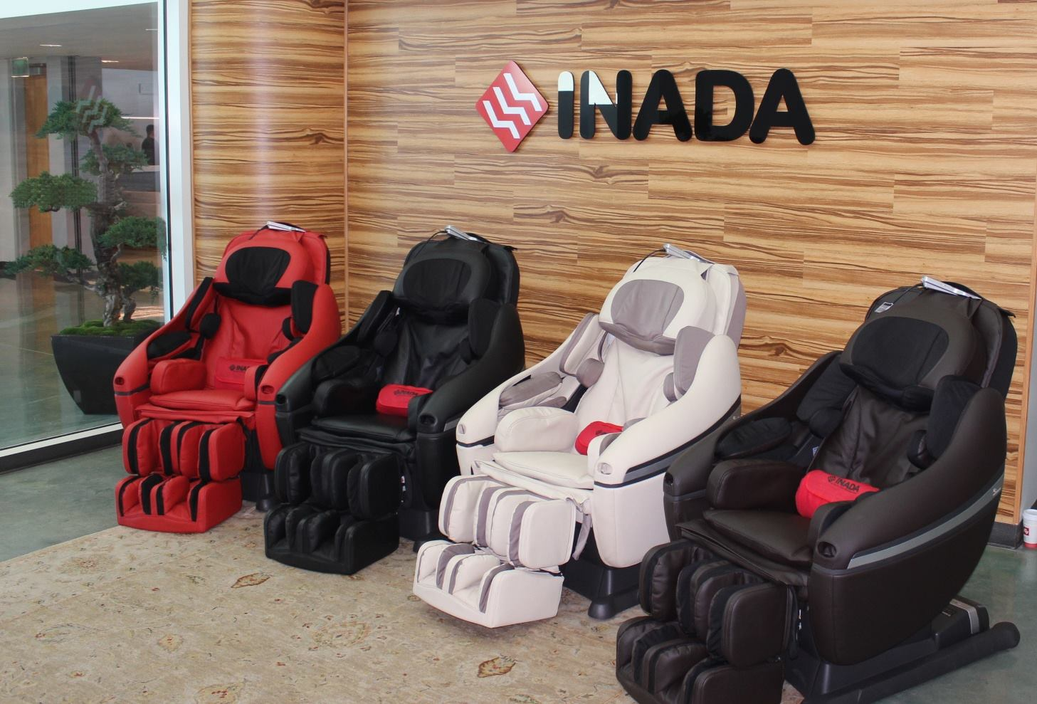 Inada Massage Chairs at Costco Fullerton